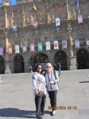 Mala and Helen in the Plaza Mayor