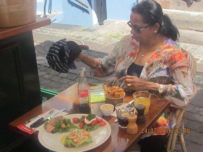 Mala having lunch in Nyhavn restaurant