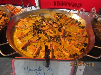 Paella dish at Bordeaux Sunday Market