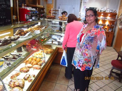 Mala in the French Patisserie
