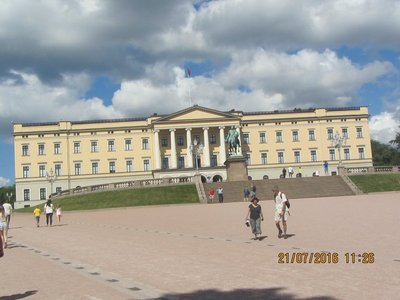 Oslo Royal Palace from a distance