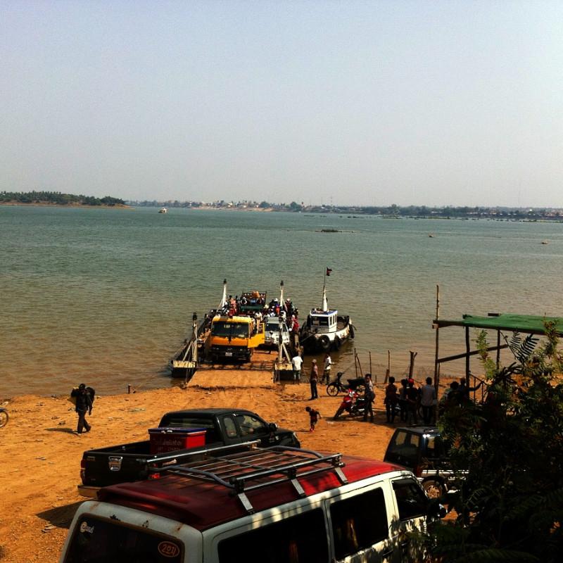 Ferry to Stoeng Treng