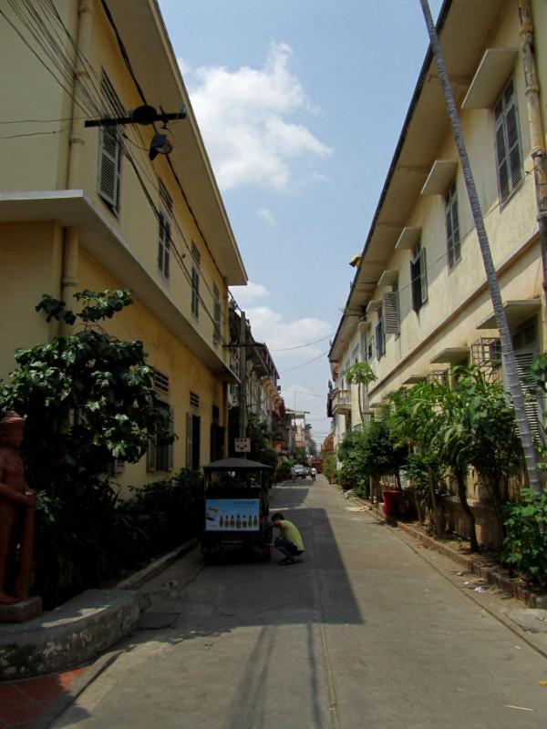 large_city_PhnomPenh.jpg