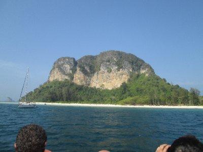 Phi_Phi_Islands__1_.jpg