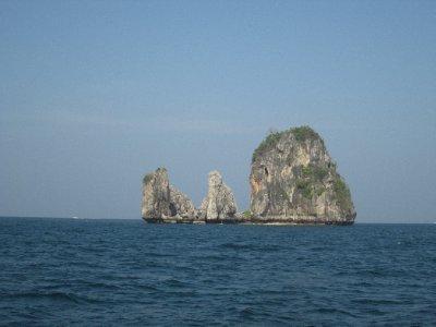 Phi_Phi_Islands__3_.jpg