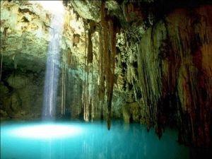 emerald_cave_inside.jpg