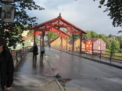 THE HAPPINESS BRIDGE ACROSS THE RIVER NIDELVA