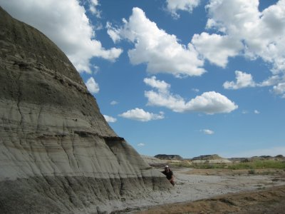 Little Jer with Big badlands