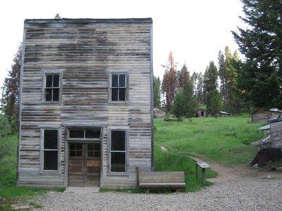 Kelly's Saloon