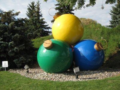 Big Balls (Outside Bronners Christmas Wonderland)