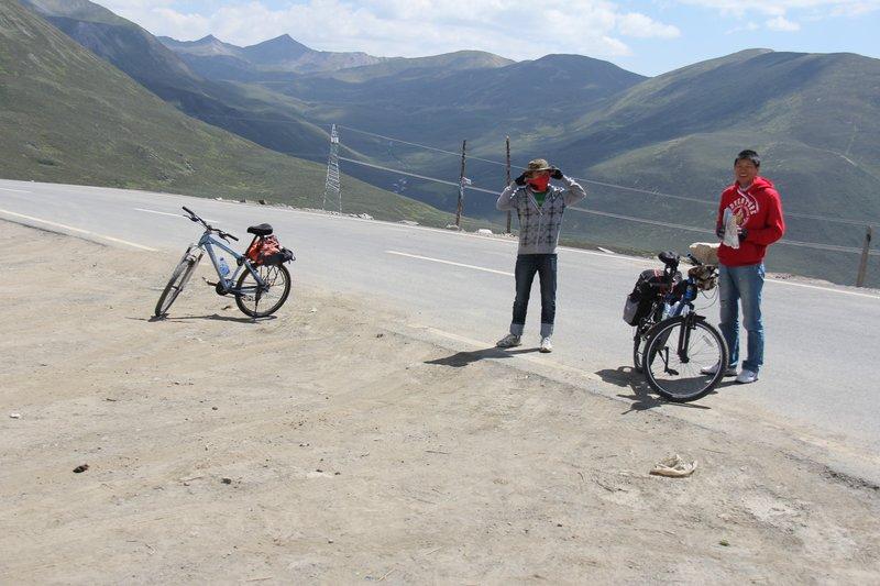 Kangding Grasslands - Bikers at 4300 meters