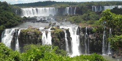 Iguazu_to_..adryn_092b_.jpg