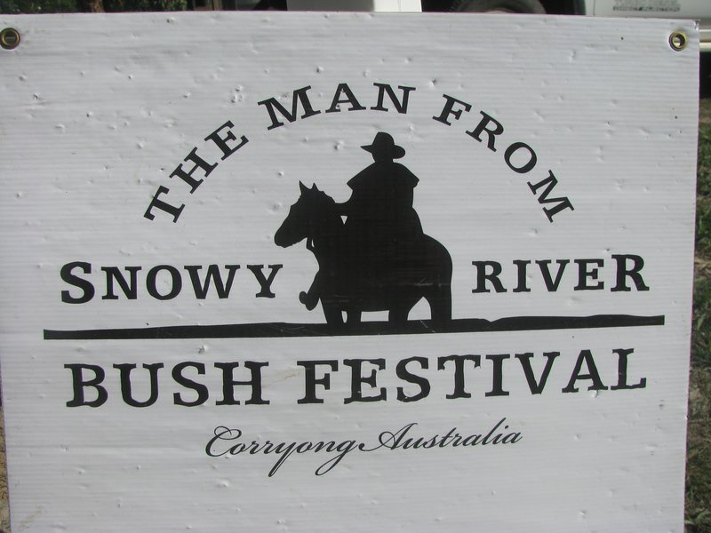 large_Man_of_Snowy_river_458.jpg