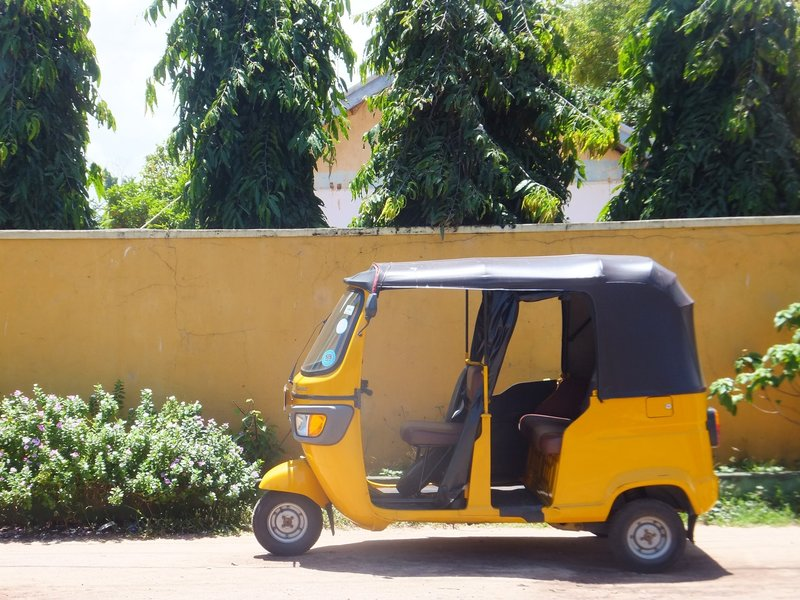 Tuk-tuk in Negombo