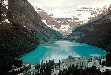 Lake Louise, I have been here before and it is absolutely stunning
