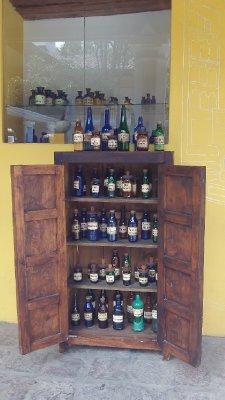 Bottels.jpg