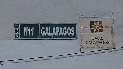 Galapagos_Street.jpg