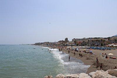 More_Beach.jpg