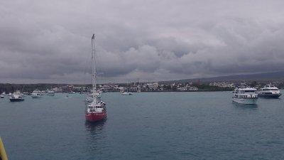 Puerto_Ayora.jpg