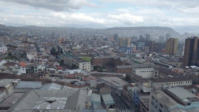 Quito_from_the_Spire.jpg