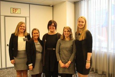 Lene, Julia, Becky, Lise og Anita. Veldig fornøyde etter en bra gjennomført presentasjon!