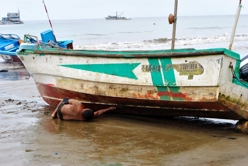 large_boat_maintenance.jpg