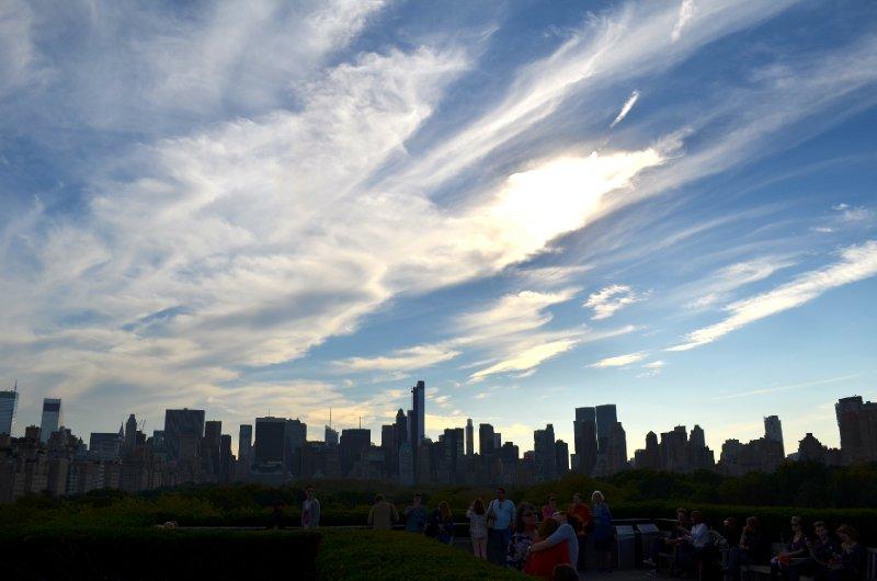 large_city_silhouette.jpg