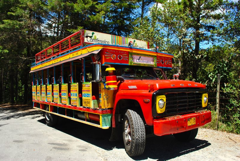 large_colombia_bus.jpg