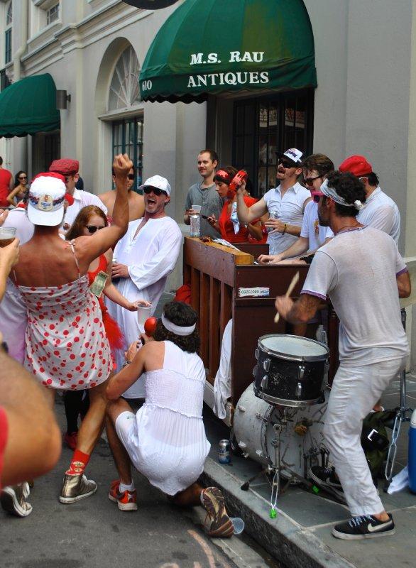 large_impromptu_street_music.jpg