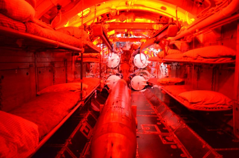 large_inside_a_U_boat.jpg