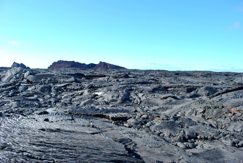 large_lava_and_ash_hill.jpg