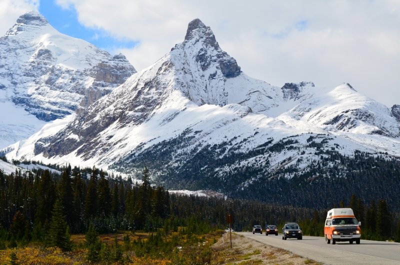 large_mtns_and_cars.jpg