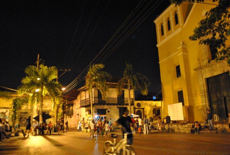 large_plaza.jpg