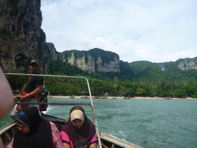 Leaving Ton Sai.