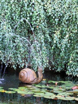 BG Snail Fountain