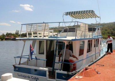 Ferry to Granma Island 1304x919