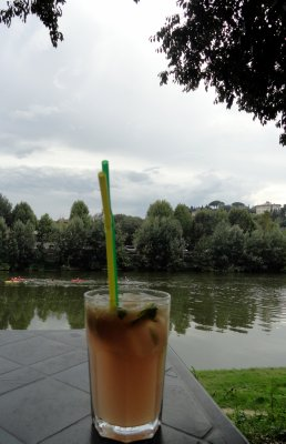 Happy Hour on the Arno