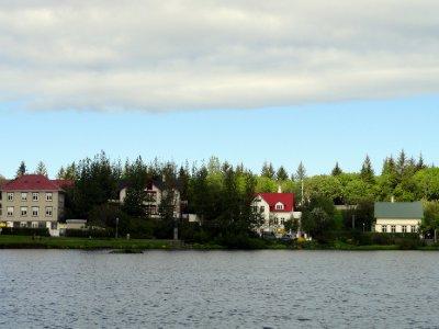 Houses Across the pond