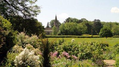 Kelmarsh Church from the Garden Path