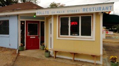 Polly's on Main