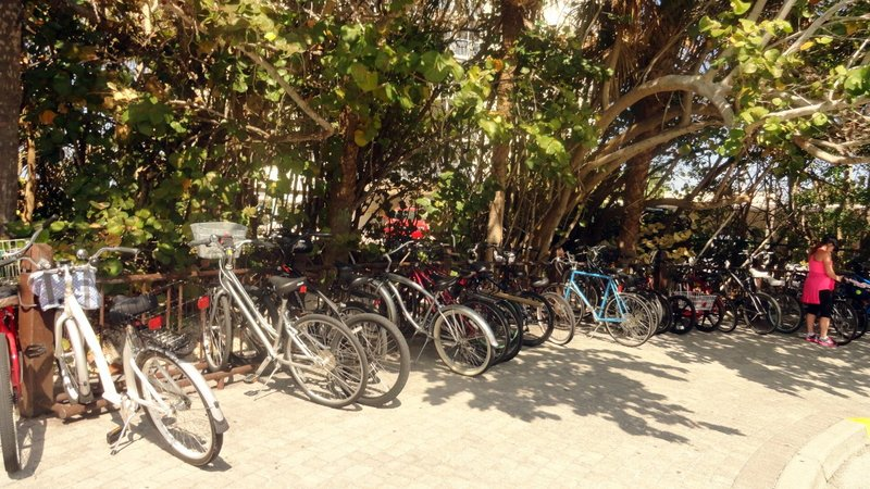 Don't Look Like Cuban Bikes