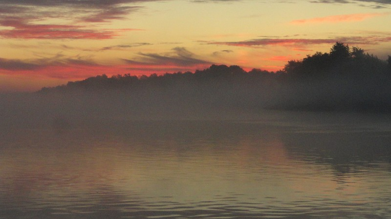 Sunrise and Mist on the Ohio2