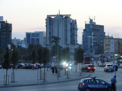 tirana_square_at_night.jpg
