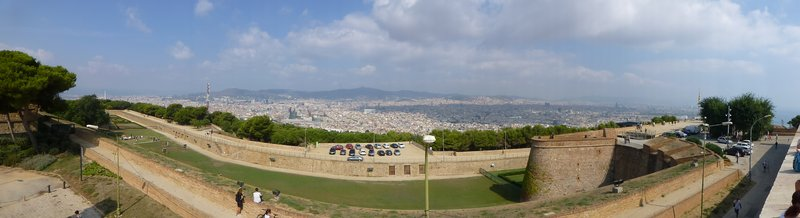 180 degree pan from the ramparts of Castell de Montjuic