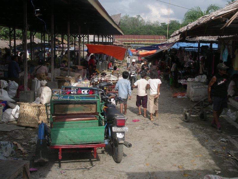 Open Market Bukit Lawang