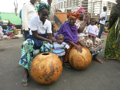 Gambian women and gourds