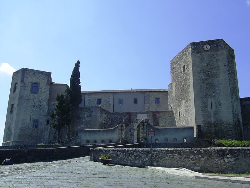 Melfi Federico II castle