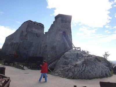 DSC00463_J..grad_castle.jpg