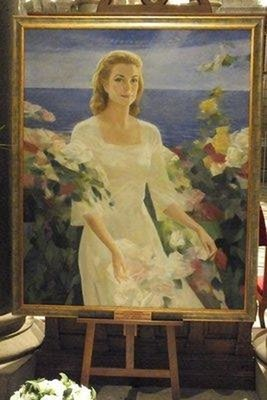 Grace Kelly's grave painting