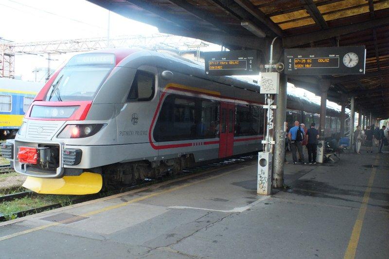 train at Zagreb station
